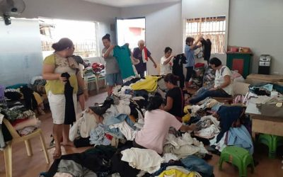 Residents of Baseco Receive Second Hand Clothes That Might Have Ended In The Oceans And Landfills